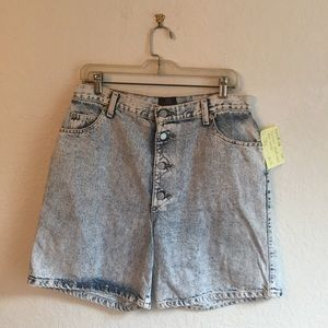 Vintage L acid wash denim shorts high waisted